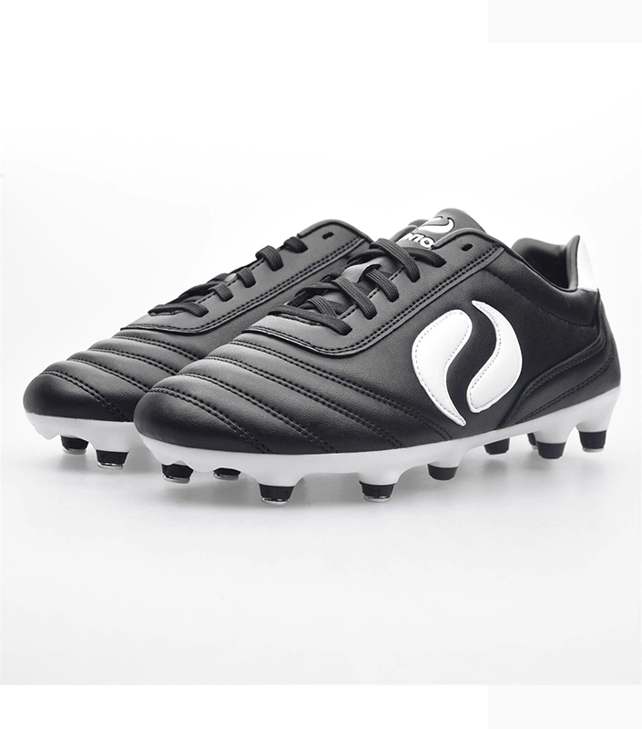 Strike Soft Ground Football Boot